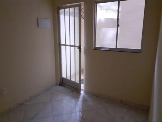 Casa Em Taquara, Rio De Janeiro/rj De 60m² 1 Quartos Para Locação R$ 900,00/mes - Ca373133