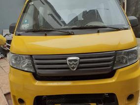 Mini Van 8 Pasajeros