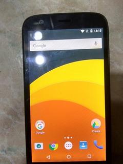 Motorola Moto G1 Con Detalle En La Pantalla