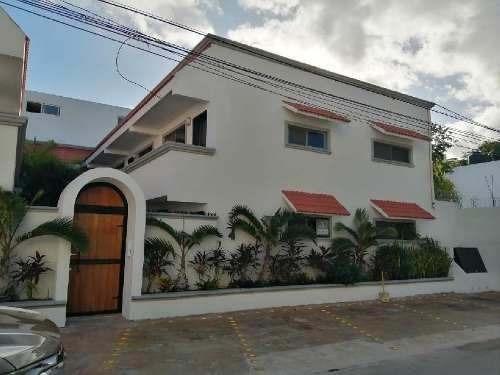 Hotel En Venta En Playa Del Carmen.