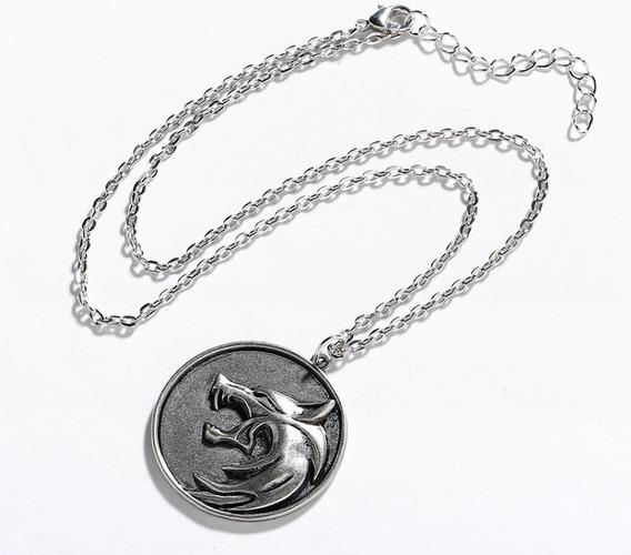 Collar Con Dije The Witcher Medallon Cadena Serie Juego Lobo