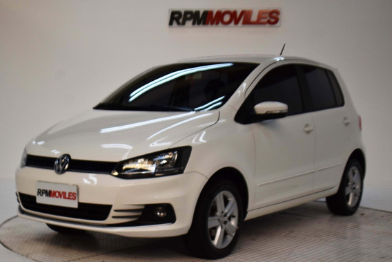 Volkswagen Fox 1.6 Trendline Manual 5p 2016 Rpm Moviles