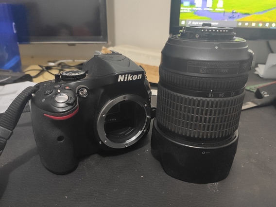 Câmera Nikon 5200/sem Carregador