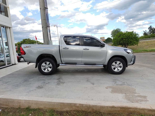 Toyota Hilux 4x2 C/d Dx Pack Elect 2014