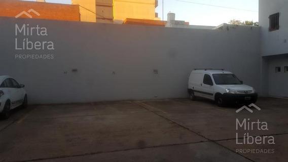 Cochera En Alquiler Y En Venta-calle 4 Entre 64 Y 65- La Plata