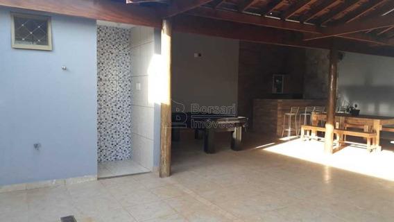 Venda De Casas / Padrão Na Cidade De Araraquara 10132