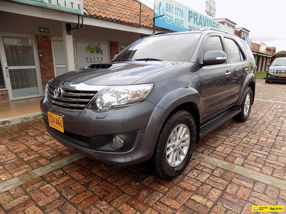 Toyota Fortuner Srv 3.0cc At Aa 4x4