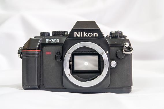 Reflex Nikon F-301