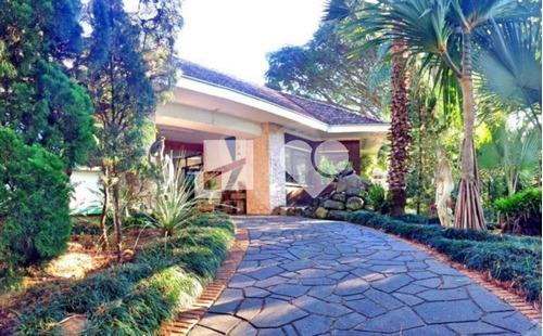 Excelente Localização Em Um Terreno De 2500m², Casa Com 700m², Peças Amplas. - 28-im408548