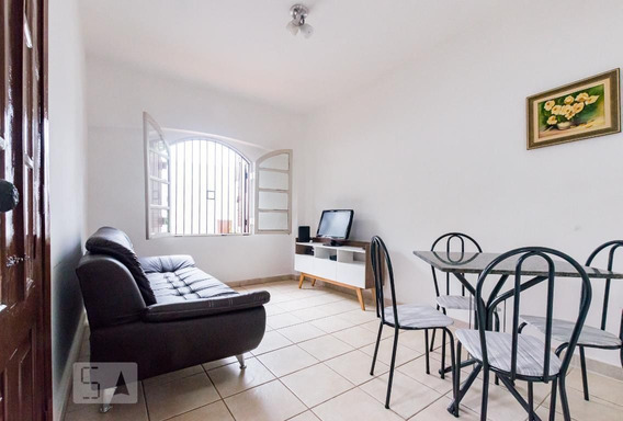 Casa Mobiliada Com 1 Dormitório E 1 Garagem - Id: 892997212 - 297212
