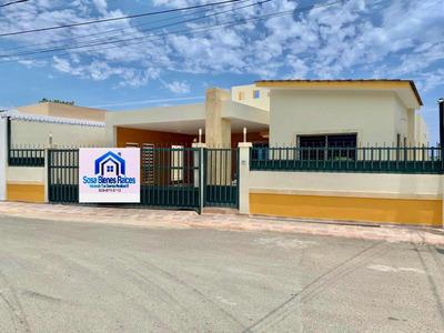 Casa Con 2 Cocinas En Puerto Plata Y Con Patio
