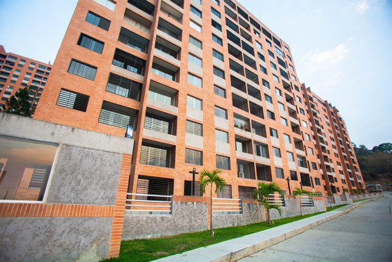 Cr Apartamentos En Ventas. Urb Clnas De La Taho Mls 20-18132