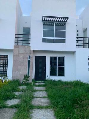 Se Renta Casa En Loreto Residencial 3 Recamaras 1 Baño Y Med