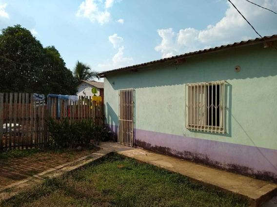 Vendo Casa + 02 (duas) Quitinetes