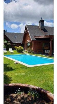 Vendo Espectacular Casa En Parcela, 7 Dormitorios, 8 Baños .
