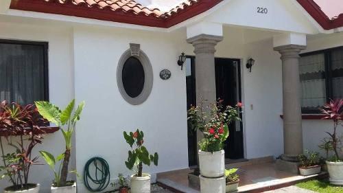 Casa En Renta En Fracc Villa Del Lago