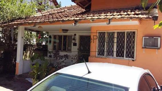 Casa De Rua-à Venda-marechal Hermes-rio De Janeiro - Abca30005