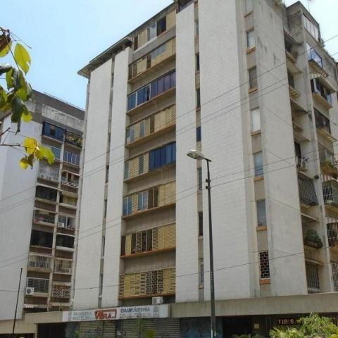 Apartamento En Venta Los Palos Grandes / Ar / 20-5399