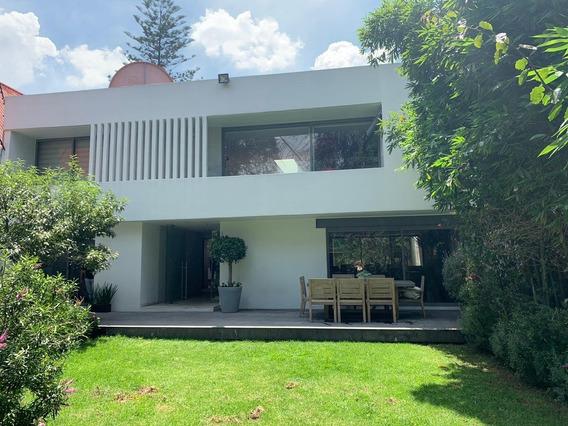 Casa Nueva, Mucha Luz. Jardin, 3 Recs 3.5 Baños
