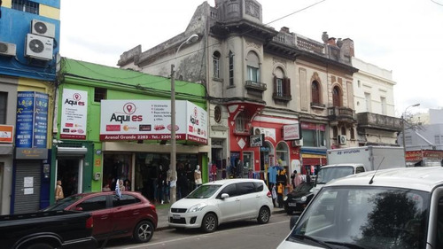 Local Comercial Con Renta!