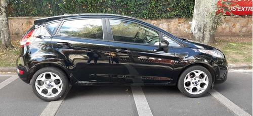 Ford Fiesta Mecanico Con Techo