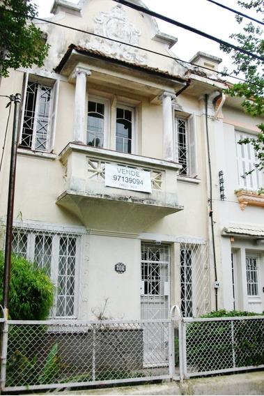 Excelente Casa De 2 Pav. Em Local Privilegiado