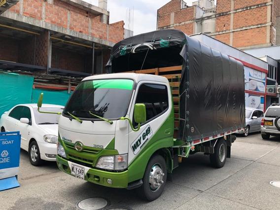 Hino Dutro Carroceria Con Carpa 2017 Perfecto Estado