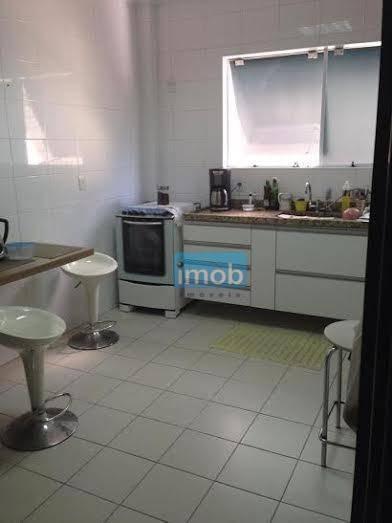 Sobrado Duplex, Com 03 Suítes, No Marapé, Em Santos. - So0125