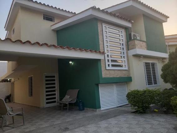 20-18507 Apartamento En Venta Urb Villas Caribe Maracay/ Wjo