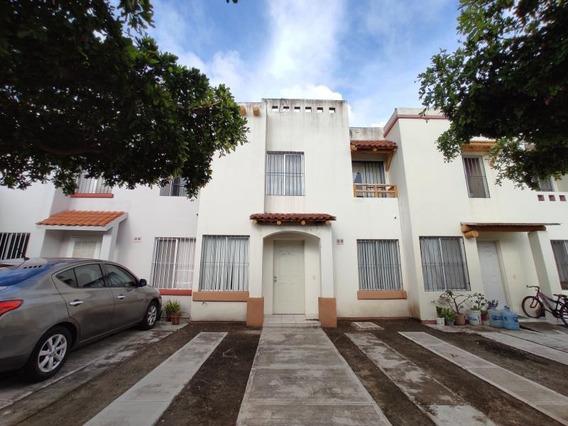 Casa Sola En Renta Fracc Villas Del Mar