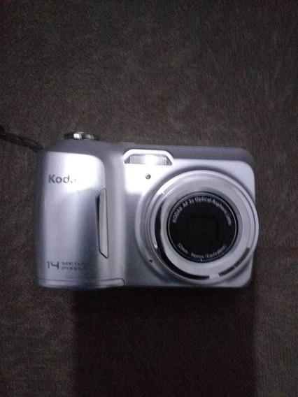 Máquina Fotográfica, Marca: Kodak Digital: