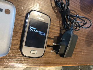 Celular Samsung Poket Gt-s5310b Desbloqueado Em Bom Estado