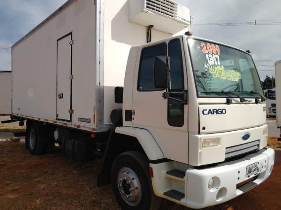 Cargo 1317/09 Branco Toco Baú Frigorifico