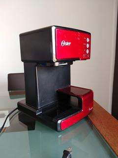 Cafetera Oster Primalatte Solo Chasis Con Daño En Tarjeta