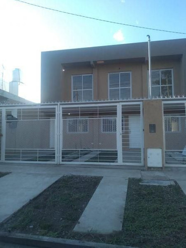 Duplex 3 Ambientes  A Estrenar En Ituzaingo