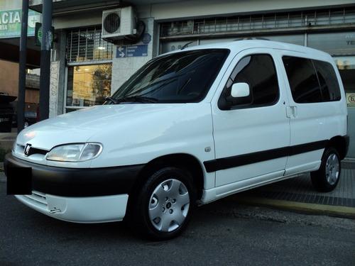 Peugeot Partner Patagonica 1.9d Full 2007 Muy Cuidada !!!