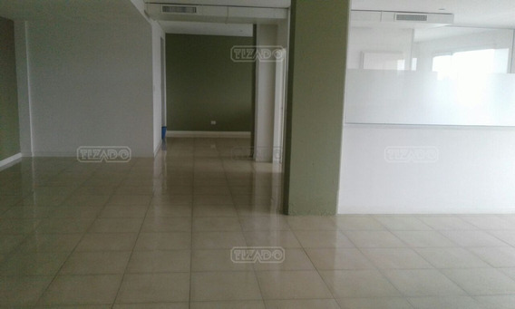 Oficina En Alquiler Ubicado En Bahia Grande, Nordelta