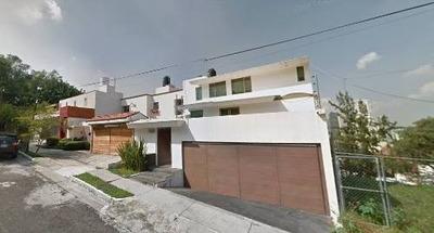 De Oportunidad ¡amplia Residencia En San Wenceslao!