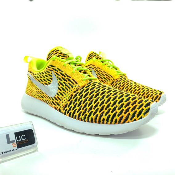 Tênis Nike Roshe One Flyknit Amarelo
