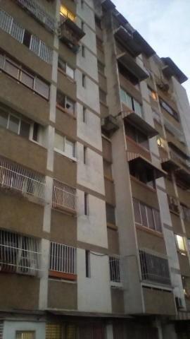 Mls #20-9096 Apartamento En Venta San Bernardino