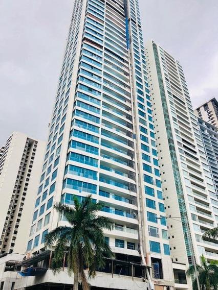 Venta De Apartamento En Costa Del Este #18-5928hel**