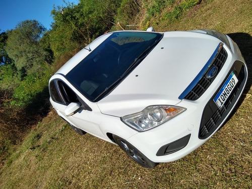 Ford Focus Sedan 2009 2.0 Ghia 4p
