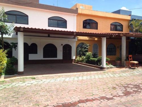 Imagen 1 de 12 de Venta De Casa Residencial En Tlaxcalancingo