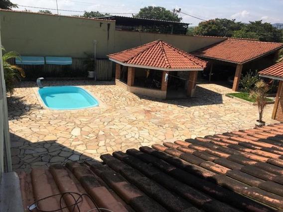 Casa Para Venda Em Porto Real, 5 Dormitórios, 2 Suítes, 5 Banheiros, 4 Vagas - C197
