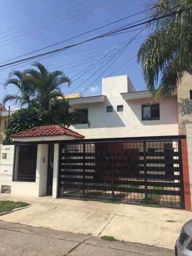 Casa En Renta En Arboledas, Zapopan