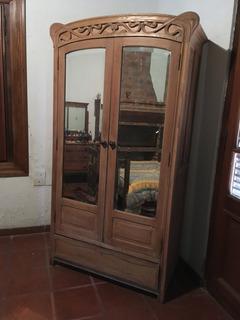Ropero De Roble Antiguo De 2 Ptas Con Espejo Y 1 Cajon