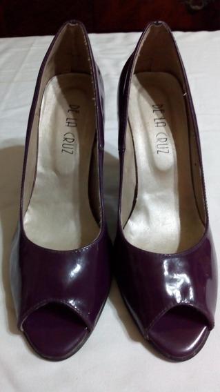 Zapato De Mujer De La Cruz. Nro 37