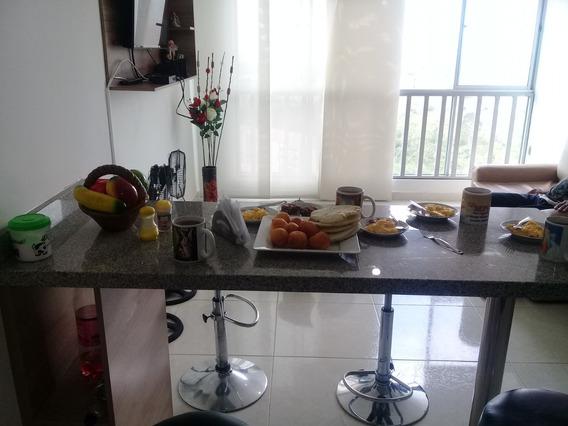 Apartamento Amoblado Con Garaje-servicios-tv Cable Y Wifi