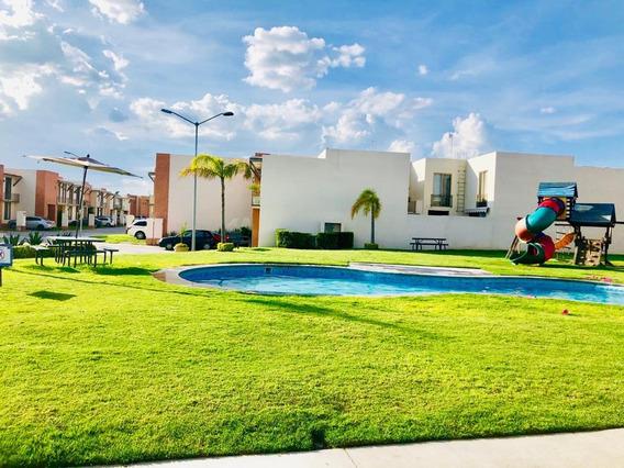 Renta Casa Preciosa En Puerta De Piedra