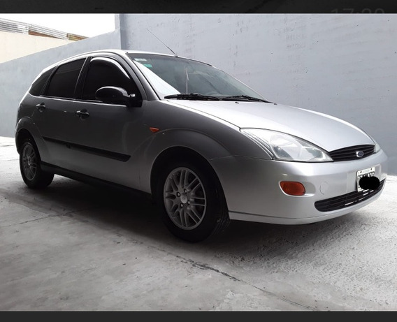 Ford Focus 1.8 Lx 2002